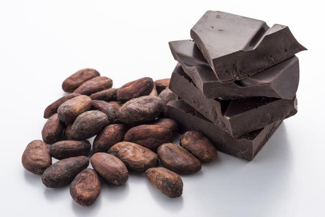 食べる媚薬?チョコレートに媚薬としての効果アリ